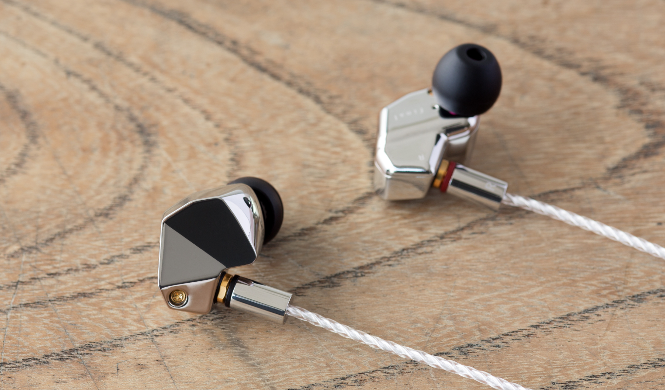 Final Audio B-Series Earbuds